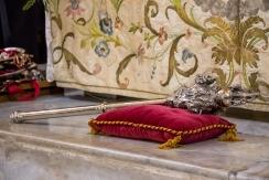 San Pellegrino è riportato sulla mazza del comune di Caltabellotta, usato nelle occasioni ufficiali della città. - Saint Pellegrino is molded on the maul of the municipality of Caltabellotta, used in official events of the city.