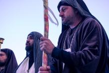 I sacerdoti del tempio che spingono affinché Gesù sia condannato a morte.