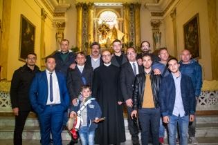 La domenica di Pasqua è anche il giorno in cui inizia ufficialmente il mandato del comitato organizzatore dei festeggiamenti di Maria Santissima dei Miracoli e del Santissimo Crocifisso, i protettori di Caltabellotta.