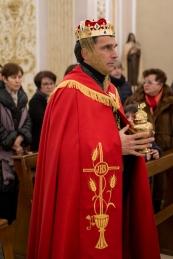 Melchiorre, uno dei Magi, porta l'oro, per il Re dei Re.